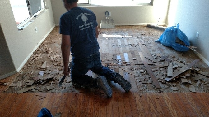 Removing damage hardwood flooring